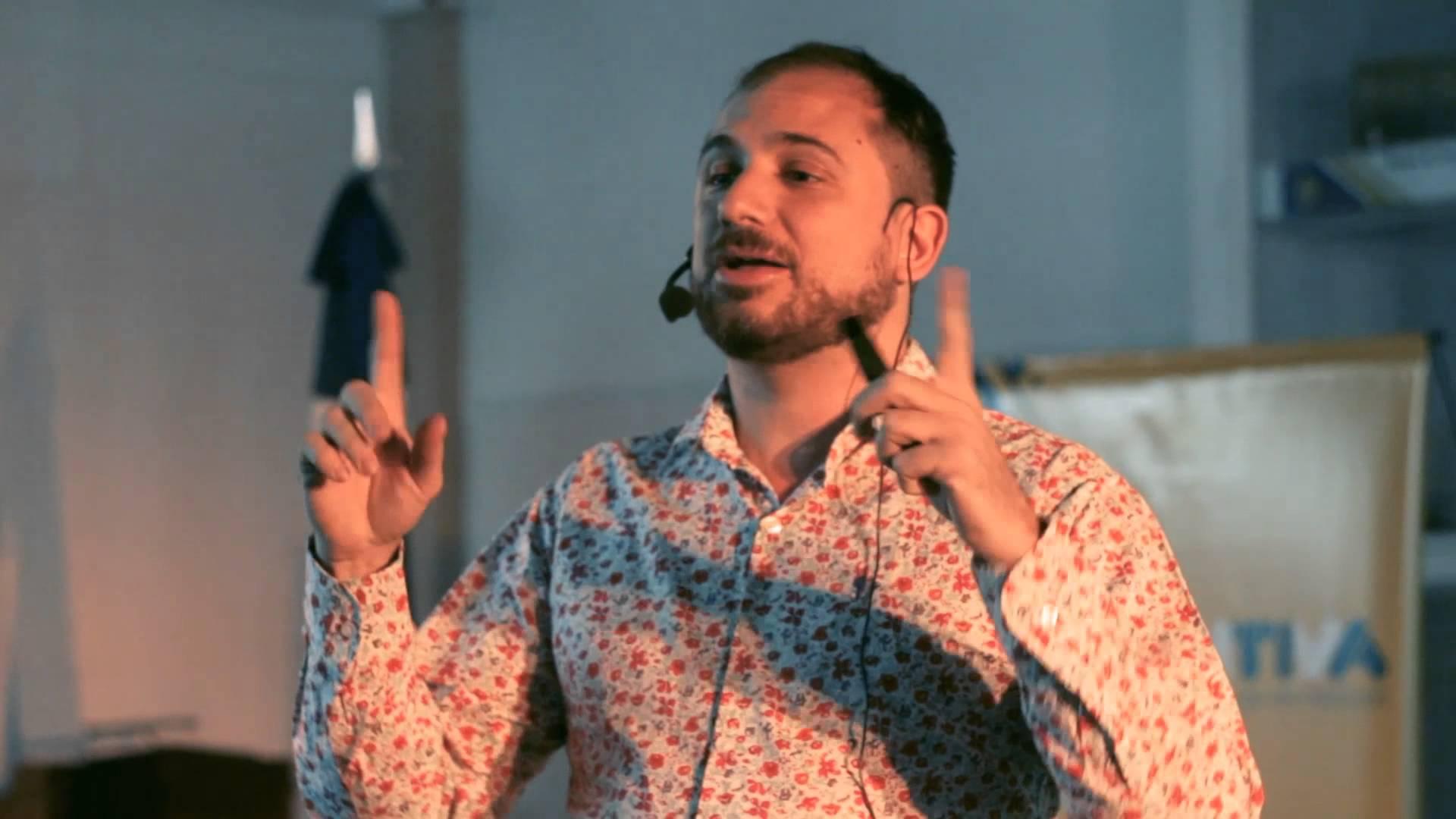 Mariano Feuer: «Todos buscamos éxito social y las redes representan el fenómeno»
