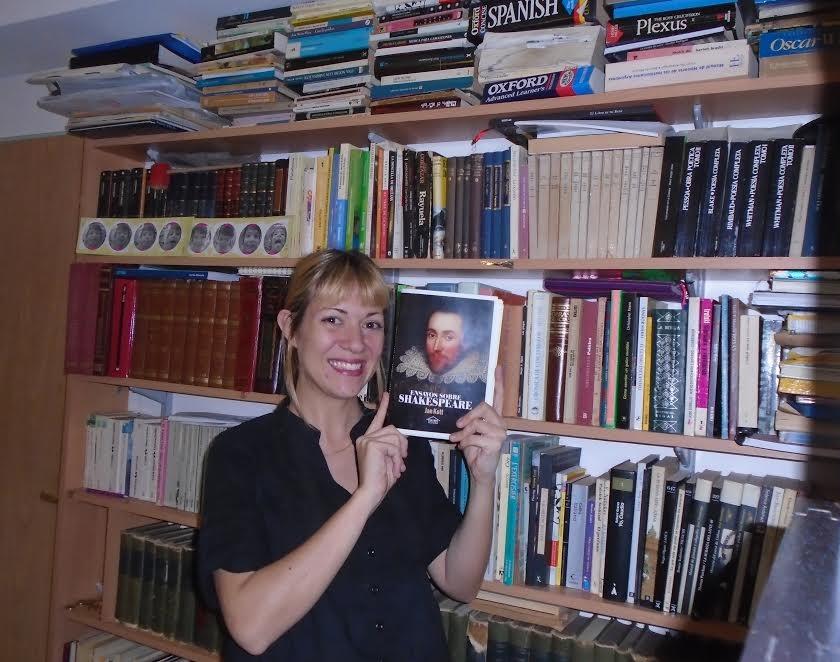 Caterina Gostisa y el frente alternativo en la batalla editorial