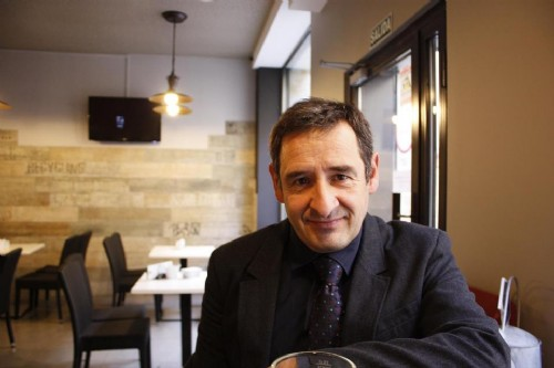 Julio Alonso Arévalo: «La mayoría somos lectores de transición entre el papel y lo digital»