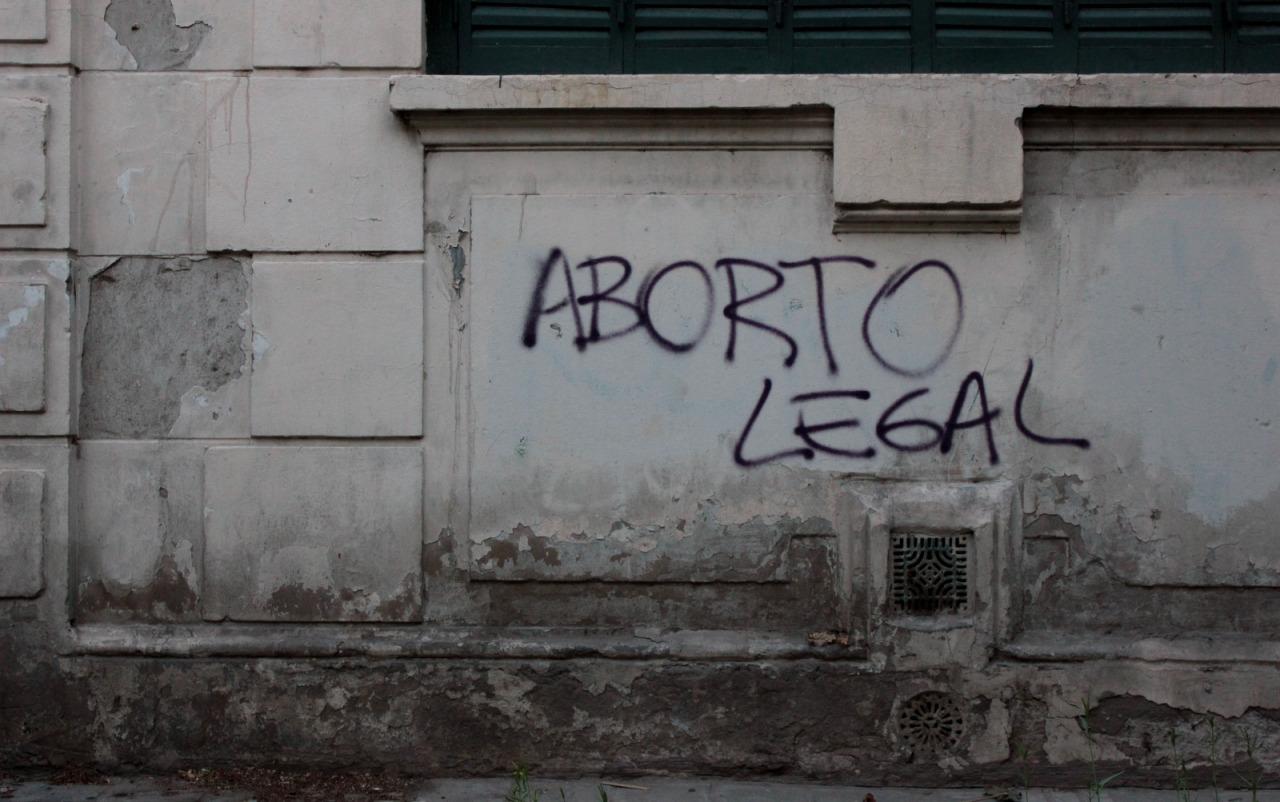 Ir a abortar