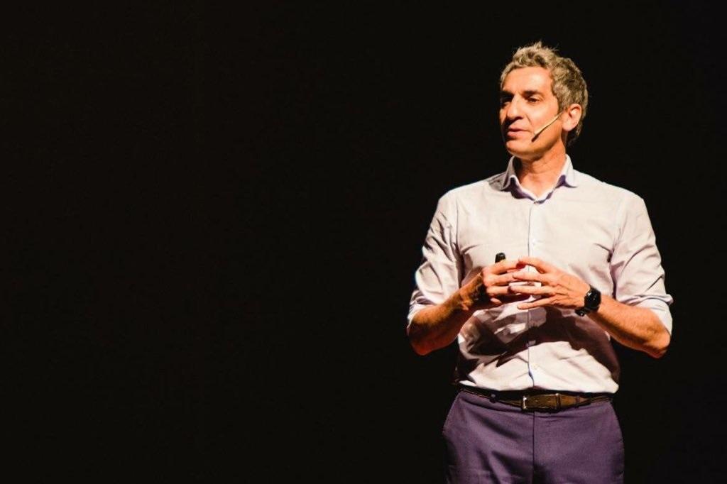 Diego Bernardini: «Las nuevas generaciones no piensan en la longevidad porque está mal visto»