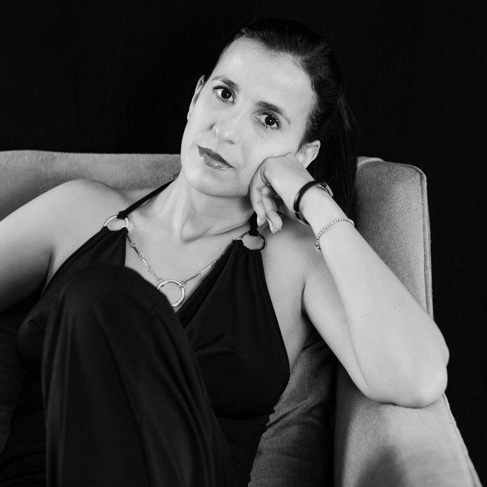 """Gabriela Guerra Rey: """"No se puede nacer en medio de la poesía y querer ser otra cosa"""""""