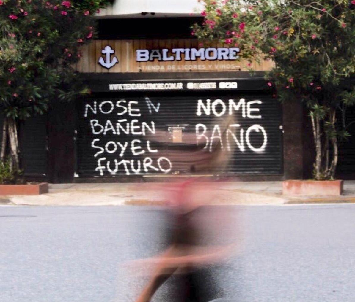 Jugando a no bañarse: ¿es solo vandalismo graffitear?